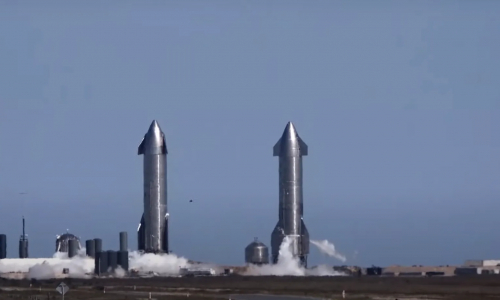 Космический корабль Маска разбился
