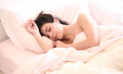 Ученые назвали дневной сон смертельно опасным