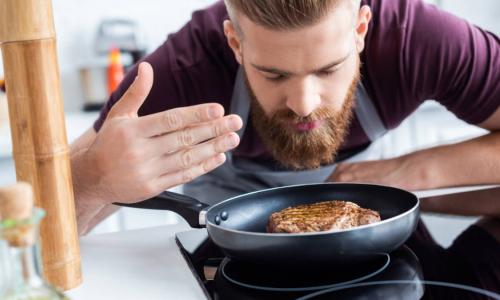 Жирная пища оказалась полезной для мужчин